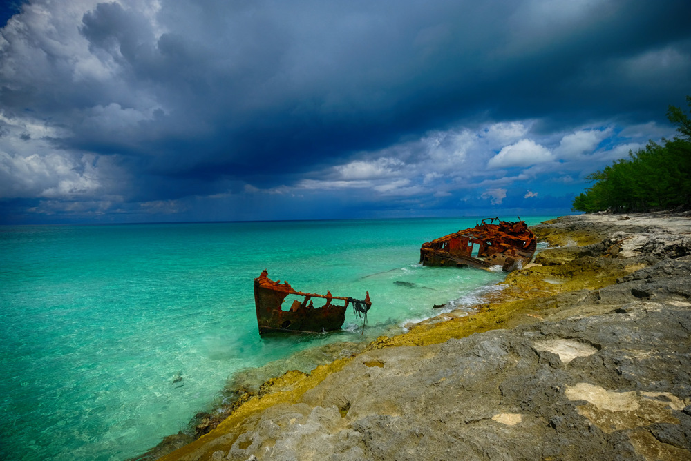 photoblog image Shipwreck on Bimini Island in the Bahamas